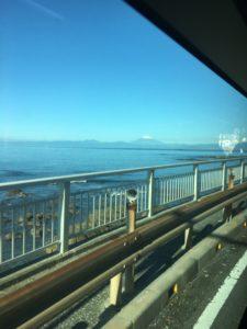 バスから見えた富士山